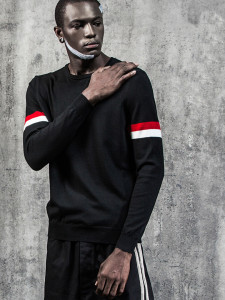 Black Contrast Striped Sleeve Letter Jacquard Jumper Choies.com bester Fashion-Online-Shop aus China