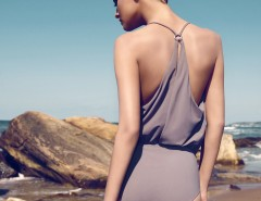 Beige Lycra Draped Swimsuit Kim Carnet de Mode bester Fashion-Online-Shop