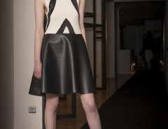 Bi-material dress - black & white Carnet de Mode bester Fashion-Online-Shop