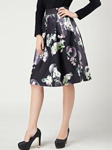 Black Camellia Print Pleats High Waist Skirt Choies.com bester Fashion-Online-Shop Großbritannien Europa