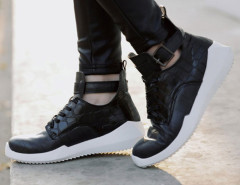 Black Lace Up Buckle Textured Sneakers Choies.com bester Fashion-Online-Shop Großbritannien Europa