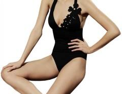 Black Swimsuit with Petals detais 5394 Carnet de Mode bester Fashion-Online-Shop