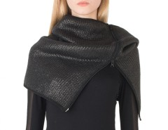 Coated Wool Black Snood Carnet de Mode bester Fashion-Online-Shop
