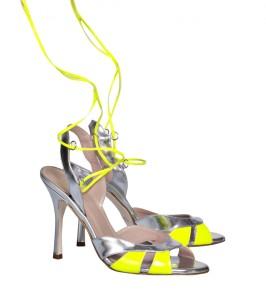 Josephine Laced Cut Out Metallic Leather Heeled Sandals Carnet de Mode bester Fashion-Online-Shop