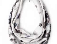 Scarf - Diamonds and Daisies Ice Blue Carnet de Mode bester Fashion-Online-Shop