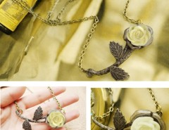 Women's Retro White Rose Bronzed Leaves Pendant Necklace Cndirect bester Fashion-Online-Shop China