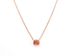 Penelope Mini Rose Necklace. Yellow or Rose Gold. MrKate.com bester Fashion-Online-Shop aus den USA