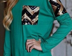 Green Sequin Chevron Print Side Slit Tee OASAP bester Fashion-Online-Shop aus China