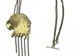 pendant-brooch brass necklace - Parrot Carnet de Mode bester Fashion-Online-Shop